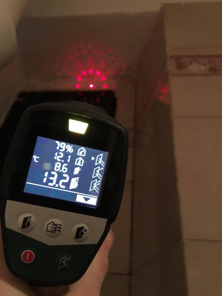 Muffa nel bagno: come eliminarla senza prodotti tossici