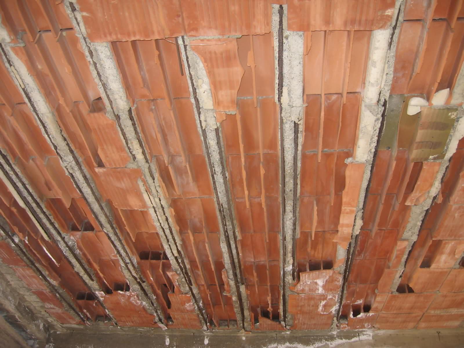 Muffa sul soffitto perch si forma e come risolvere veramente - Perche si forma l umidita in casa ...